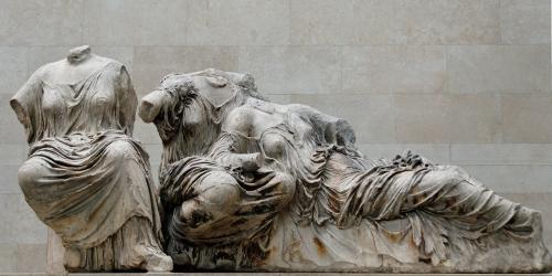 Las_tres_diosas_Partenon_Museo_Britanico